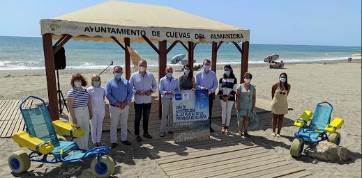 Inagen del evento en la playa de Cuevas de Almanzora